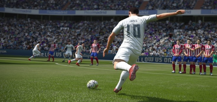 FIFA 16 Deals with Gold